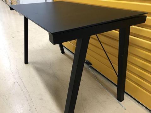 Executive glass top ergonomic desk - Freedom