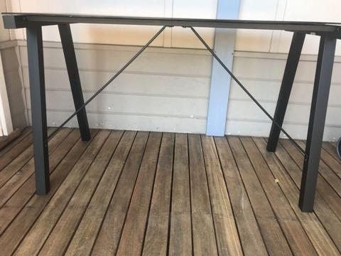 DESK - Black glass top - Freedom (excellent cond)