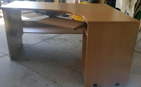 Desk - corner