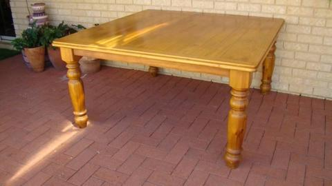 8 seater dining room table
