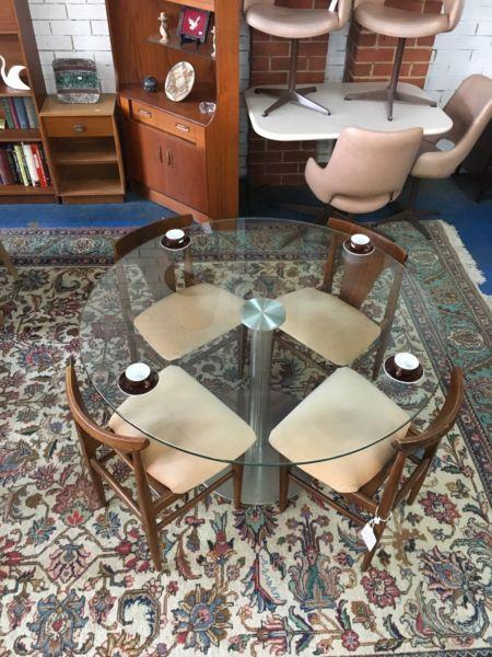 Italian thick glass dining table stainless steel base b&b Italia style