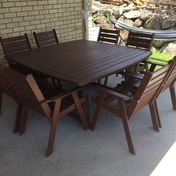 Hardwood outdoor table 1500 x 1500