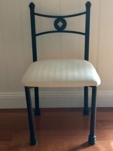 Six seater cast iron dining table in great condition