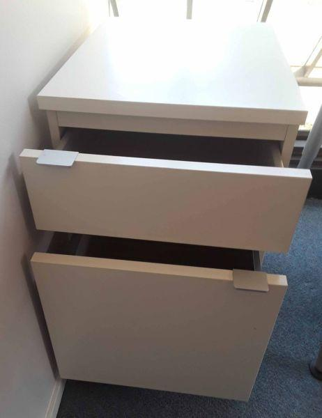 *** FAST SALE *** Small Filing Cabinet Drawer Unit Cupboard White