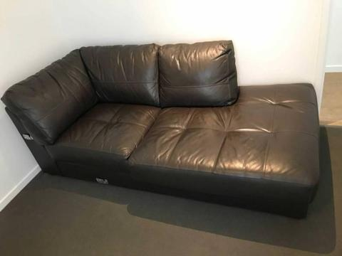 Leather Corner Lounge suite with chaise (Modular)
