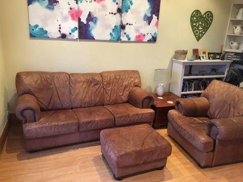 Vintage style brown leather lounge couch sofa chair