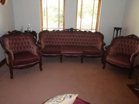 Victorian Style Lounge Suite