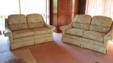 Moran lounges