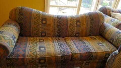 Couches designer, quality custom made including a free matching r