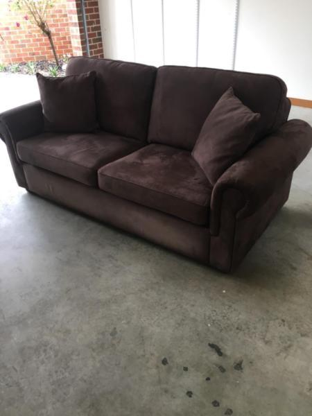 Parker Sofabed 2.5 Seater in very good condition