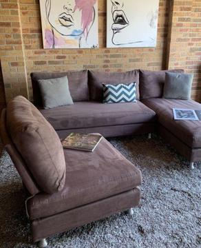 KING FURNITURE DELTA III WITH OTTOMAN IN SUEDE FABRIC