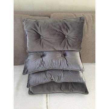 4 x velvet throw cushions