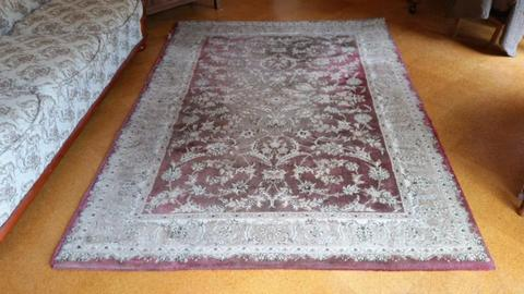 Floor rug 225cm x 160cm. Great for shed