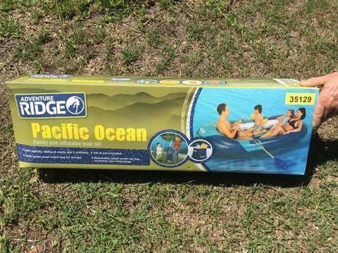 2 x Inflatable boat set - brand new