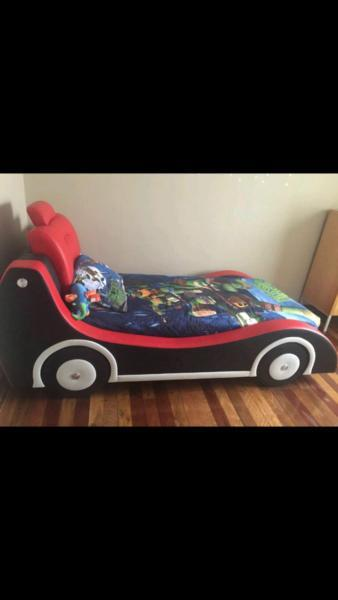 Racing car bed
