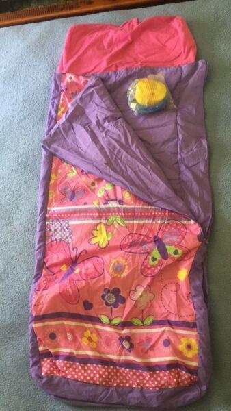 Child sleeping bag, inflatable air bed and pump