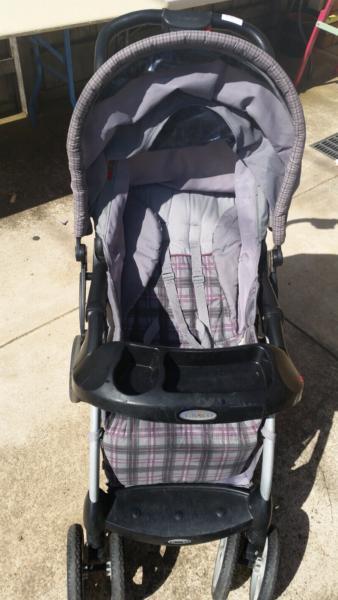 Graco Baby Stroller / Pram
