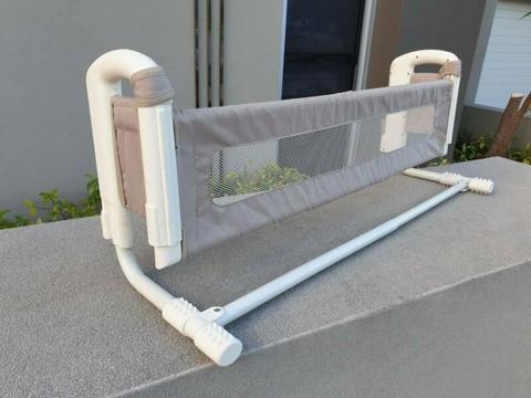 Safety rail, childs bed, bunk, as new